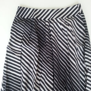 The Limited Stripe Knee Length Skirt XS